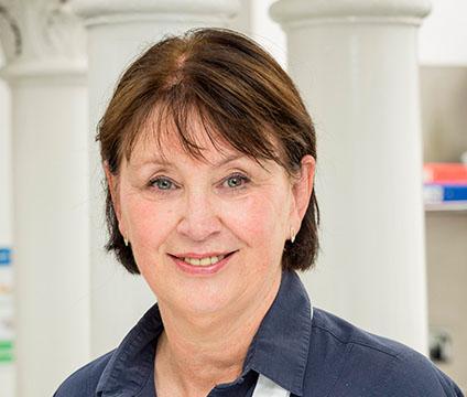 Dawn Allison teaches students at cook school Edinburgh